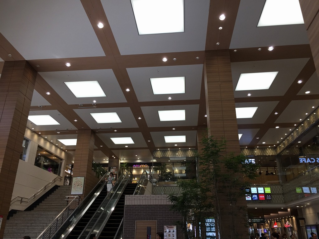 システム天井スパンドレル貼り-1